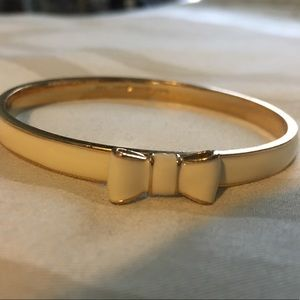 White and Gold Kate Spade Bow Bangle -Like New